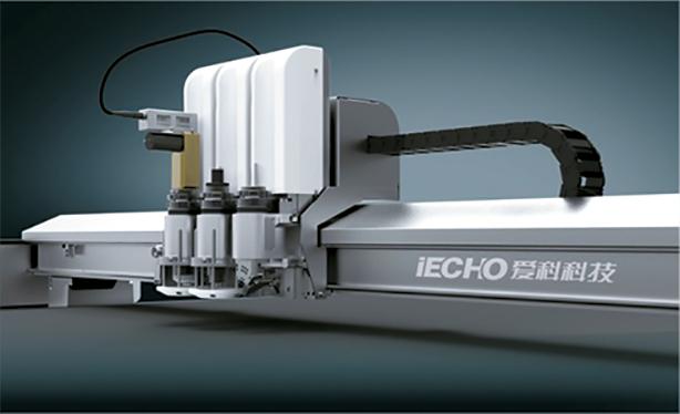 Cabezal de cortadora digital BK3 con tres herramientas
